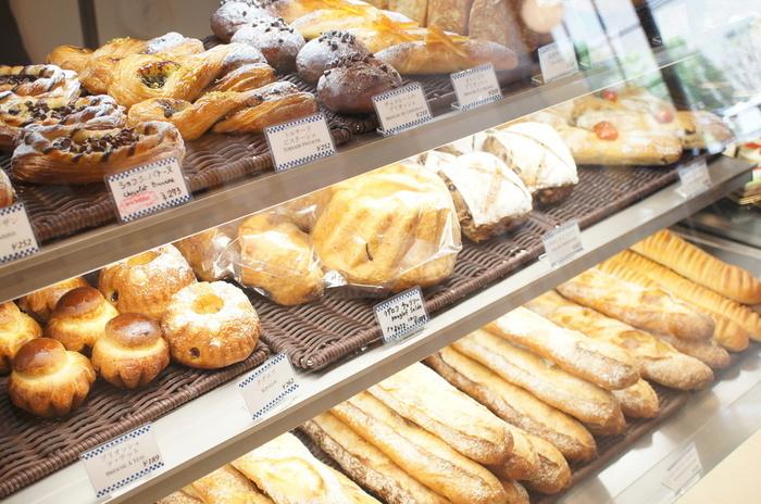 パンも評判が高く、テイクアウトすればパリの味を自分の好きな場所に持って行くことができますよ。