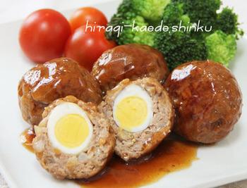 コロコロした見た目もかわいい、うずらの卵ハンバーグ。卵も入って栄養満点、夕飯のおかずにもどうぞ!