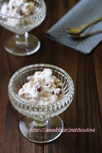 小豆の優しい甘さ、クリーミーかつさっぱりした味わいは、年配の方にも喜ばれそう。