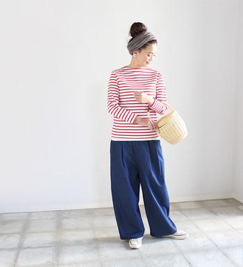 赤×白のキュートな色使いの「ボーダー」を選んでみませんか?明るくきれいな色の「ボーダー」で春夏らしい爽やかな着こなしに。