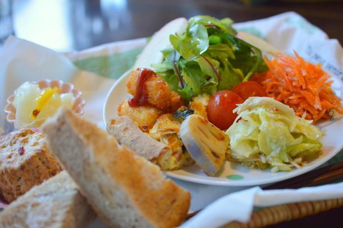 ピクニックランチ。 お野菜たっぷり!とってもヘルシーでおいしそう。