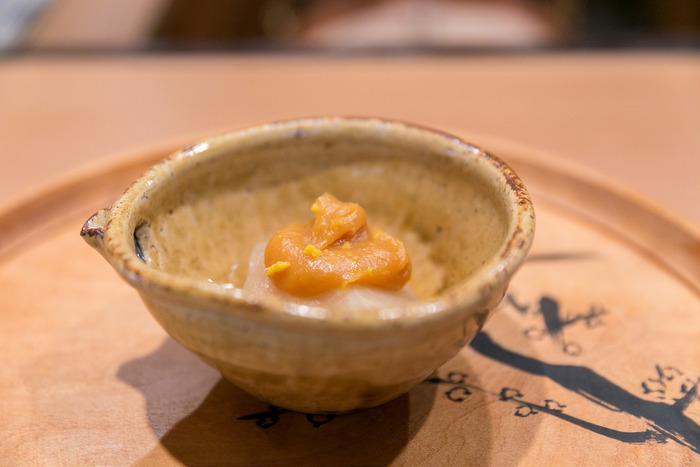 【柚子味噌をのせた大根の炊きもの(摘み草料理の名店「美山荘」の春の頃の献立から)】