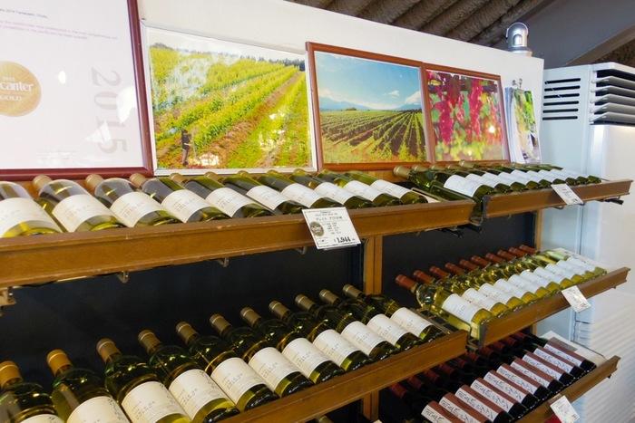 数々の受賞歴を持つワインは、海外へも輸出され高い評価を得ているものばかり。色々な種類のワインをテイスティングして楽しみましょう。