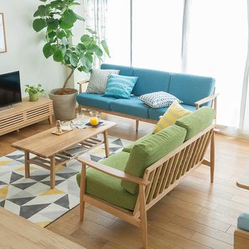 いかがでしたか?ソファのカラーによってお部屋の印象が大きく変わることがお分かりいただけたでしょうか。長く使う家具ですから、しっかり考えて自分好みのカラーを見つけて下さいね!