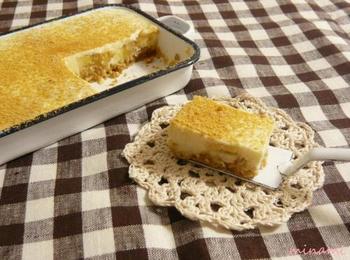 豆乳で作った和風レアチーズケーキ。黒蜜で甘さを出しているので、優しい味に仕上がりそうですね。