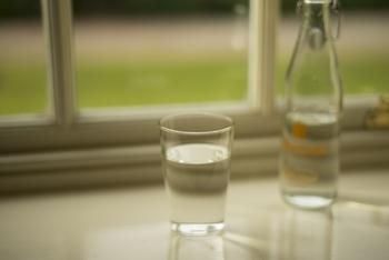 シンプルで手に取りやすい、そして洗いやすいグラス。 毎日使うものだからこそ、そういった単純なことにこだわっているんです。