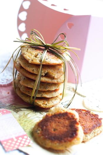フライパンで手軽に焼けるクッキーのレシピ。手間いらずなのも◎です。