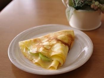 ミルクジャムの優しい甘さとキウイの程よい酸味がマッチしてとっても美味しいクレープに!ミルクジャムは、イチゴやバナナ…どんなフルーツと組み合わせてもも相性抜群です。