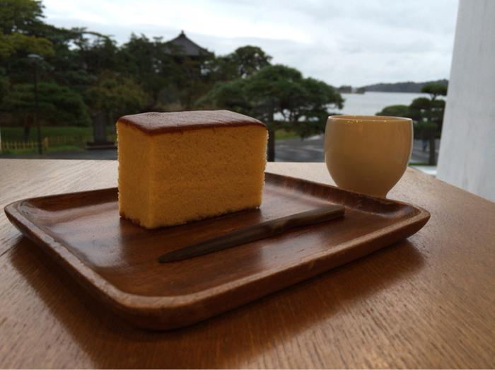 松島を訪れた際には、是非「松華堂菓子店」でゆっくり海を眺めて、上質な時間を過ごされてはいかがでしょう?素敵な旅の思い出になりますよ。