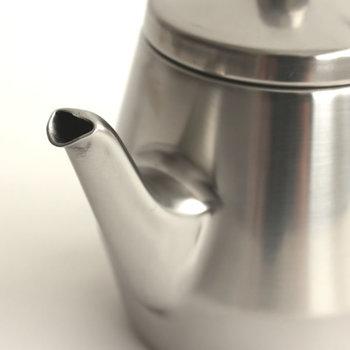 液だれしにくく、簡単にお湯が上手に注げます。