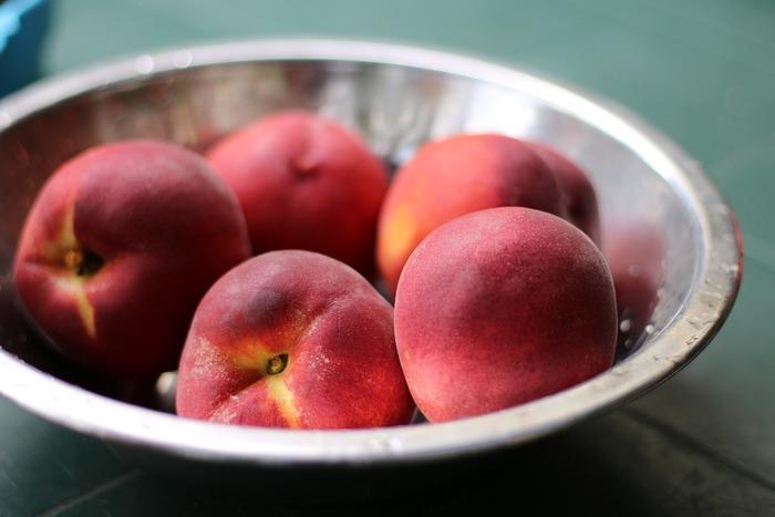 【旬の果物は香り豊かで味も最高。桃の旬は、晩春から初秋まで。夏が最盛期。】