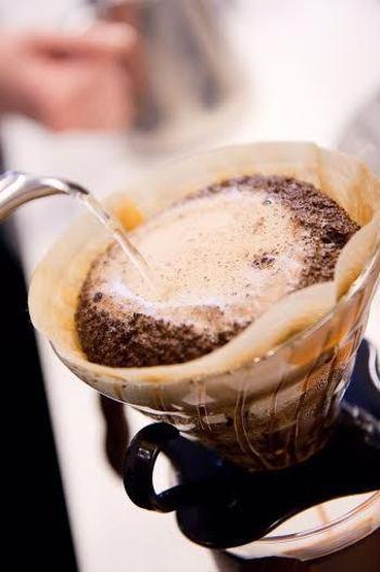 丁寧に淹れられたコーヒーはとても味わい深いもの。ゆっくりとした時間を過ごすための最高の相棒といえますね。