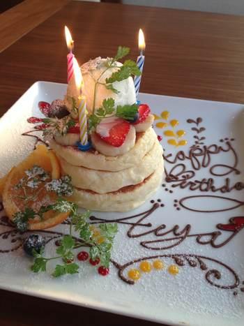 お誕生日会や女子会にも使えます! コースのプランがあったり、画像のように素敵なバースデーケーキを用意してくれます。 また、サプライズの演出もしてくれるので祝われるほうも嬉しいですね!