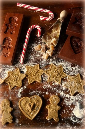 こんな素敵なクッキー型も!これならデコレーションいらずで素敵なクッキーが焼きあがりますね。もしかしたら、こんなクッキー型もお洒落な雑貨屋さんにあるかもしれませんよ!