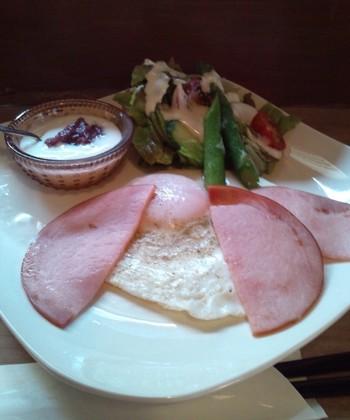 洋食メニューも。朝は和食派と洋食派に分かれると思うので、選べるのは嬉しいですね。
