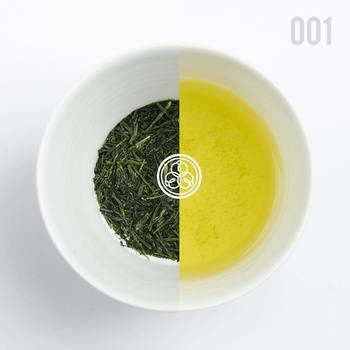 例えばこちら「001 はるもえぎ HARUMOEGI」は、甘味、苦味、旨味のバランスが見事にとれ、甘いお茶が好きな方にとくに好まれるまろやかな煎茶です。