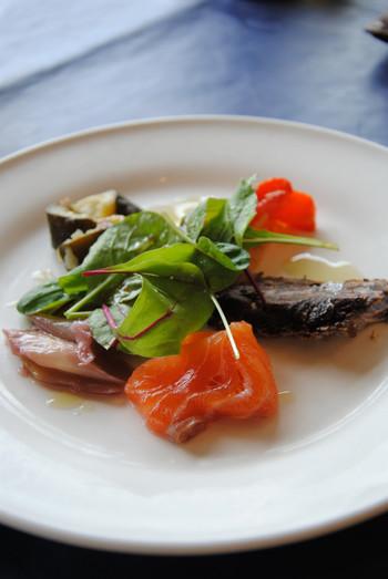 奇をてらったようなイタリアンではなく、旬の食材を大切に調理したスタンダードなイタリアンを楽しめます。
