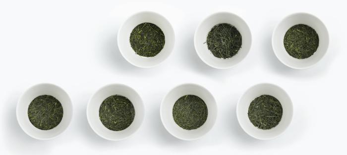 「東京茶寮」で使用されている茶葉は、農園単位までトレーサビリティのある日本各地の厳選された、通常ほとんど流通しないという貴重なシングルオリジン茶葉7種。