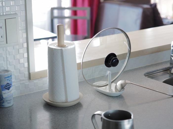 デザインやフォルムがオシャレなキッチンツールなら、洗ってそのままキッチンカウンターに出しっぱなしでも散らかって見えない効果が! 自宅のインテリアや雰囲気に合わせてセレクトするのも楽しいですね☆