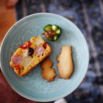 「おふくろの味」ということは、各家庭ごとに味付けが異なるということ。季節や冷蔵庫に残っている材料によって具材も変わるから、アレンジレシピは無限大なんです!