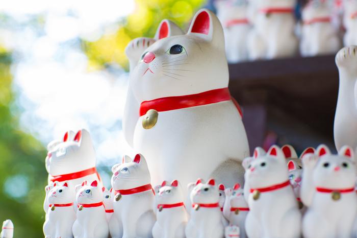 大きいものから小さいものまで、様々な招き猫が「福を招く」とお土産に人気です。 毎年9月29日には「来る福招き猫まつり」を開催しているそう。 伊勢神宮のパワーをたくさんもらった招き猫は福を呼び込んでくれそうですね!