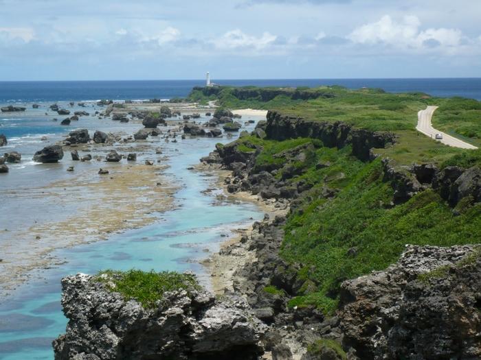 有名な撮影スポット。ここから岬の先まで見渡せますね!