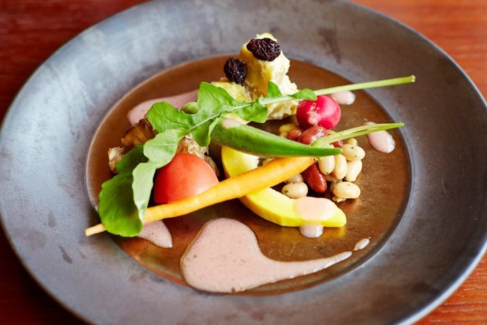 そしてその魅力は紅葉だけではなく、 「Farm To Table」という「農地から食卓まで」をキーワードに、農園から直接野菜を仕入れて、新鮮かつ安全な野菜をご提供しようという取り組みが行われているので、安心して美味しい新鮮野菜が食べられるんです♪