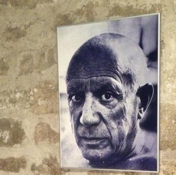 芸術家のパブロ・ピカソ氏が愛用していたことも、広く知られています。
