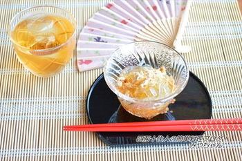 黒蜜ときな粉をかけていただく和風のデザートです。かけるだけの簡単レシピですし、ところてんなのでヘルシーなデザートとしていただけます。