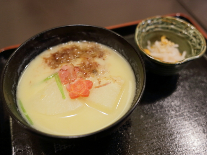 【「京都、錦もちつき屋」の『京の白味噌雑煮』】