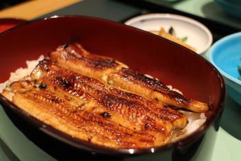 京都人から愛される嵐山の鰻の名店「廣川」。埼玉県にある天保年間創業の老舗鰻店の流れを汲む名店です。