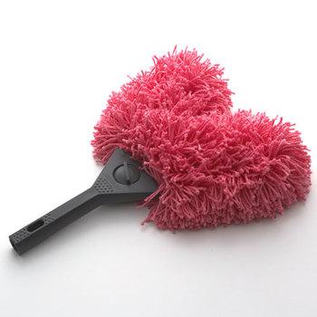 ピンクのふわふわした形で、一瞬、掃除道具には見えないこのスイパーは、プロが使用するアイテム。 プロ仕様のため、文句なしの機能性に加え、思わず手にとって掃除がしたくなるような、可愛いデザインです。