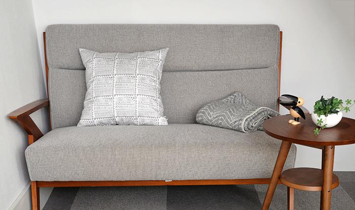 お部屋の印象を左右するクッションカバー。こちらは「POSTIMERKKI(切手)」の2016秋冬限定カラー。フィンランドの冬の白銀の世界がモチーフです。