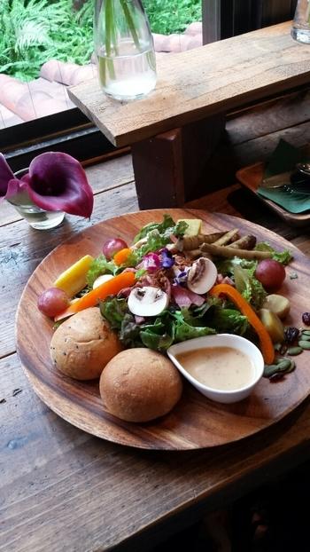メニューは野菜を使ったものが多く、季節に合わせて食材が変わります。