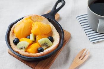 調理してそのまま食卓に出せる『スキレット』は、忙しい朝にもとっても便利なアイテムです。おしゃれなカフェメニューのようなフォトジェニックな朝ごはんで、心にも体にもエネルギーを満たしませんか♪