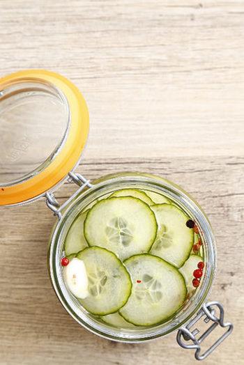 副菜だって、前日から仕込んでおけば楽チンです。火を通さないレシピもあるため、保存する容器は清潔なものを使用しましょう。