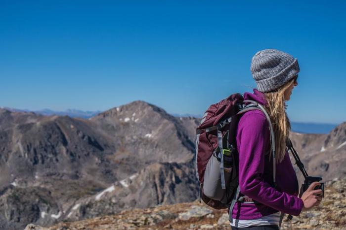 春は山開きのシーズンでもあります。山歩きといえば、まずは足元から。しっかり足をホールドして、悪路にも対応してくれるトレッキングシューズがあると安心です。そして、天候も変わりやすい山へ行く場合には、充分な準備とルートの確認、そして頼れる仲間がいればなお良し、ですよね!ぜひ、春のハイキングを安全に楽しんでくださいね♪