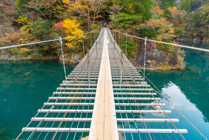 息を呑むほど美しい。一生に一度は行きたい【日本の秘境】9選