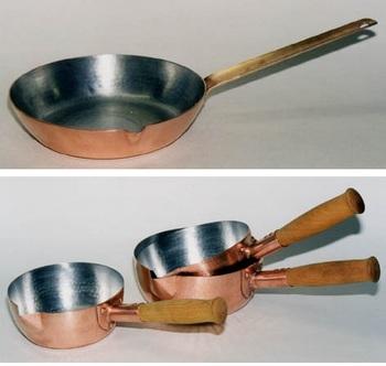 お料理好きなら、熱伝導に優れた銅鍋はいくつもほしいもの。京都府・北村一男さんの銅鍋たち。