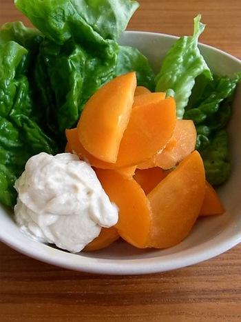 生クリームやクリームチーズの代わりに豆腐を使ったディップがおすすめ!とろりとしたコクもあり、カロリーを気にせず、野菜などにたっぷりつけて、モリモリ食べられます♪