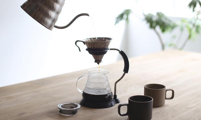 今や、HARIOのドリッパーは日本の喫茶店だけでなく、海外のカフェでも広く使われるようになりました。