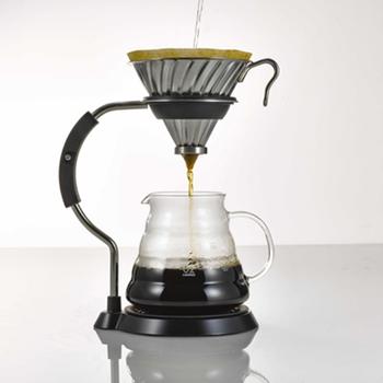 いかがでしたか? ドリッパーにも様々な形・種類があるんですね。 知れば知るほど奥深くなっていくコーヒーの世界、ぜひお家でハンドドリップをして楽しんでみてくださいね♪