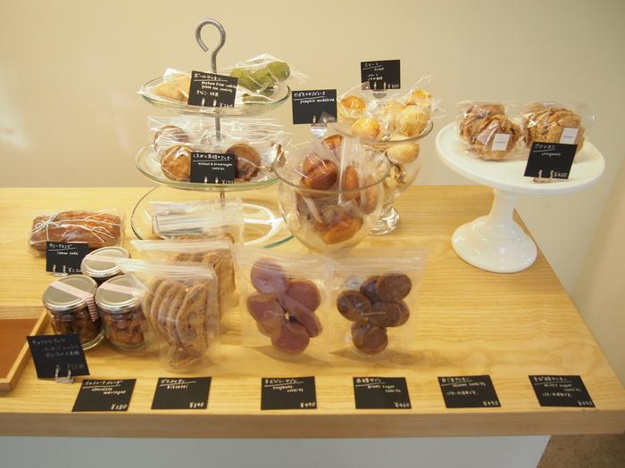 生ケーキもとてもおいしいこちらのお店ですが、焼き菓子も絶品! 素材にもこだわっていて、ごくシンプルな材料で作られています。