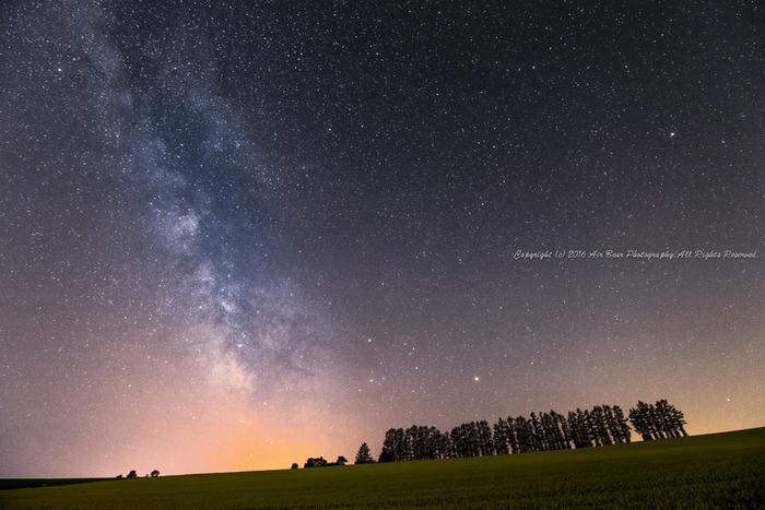 丘の町《美瑛町》に、降る星、星、星…。