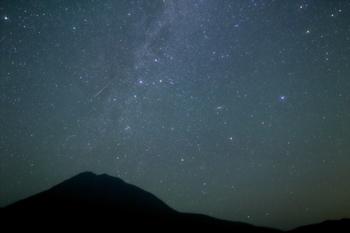 《知床峠》も、道内で人気の観光スポットですが、星空も見事。