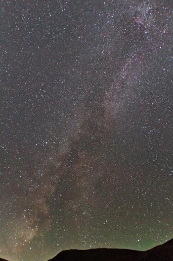 この天文台は、天文ファンの聖地。公開されている天文台としては、日本で一番の高所にあります。  磐梯吾妻スカイライン通行可能期間(4月上旬~11月上旬)には、天文ファンなら一度は訪れたい星空ポイント。