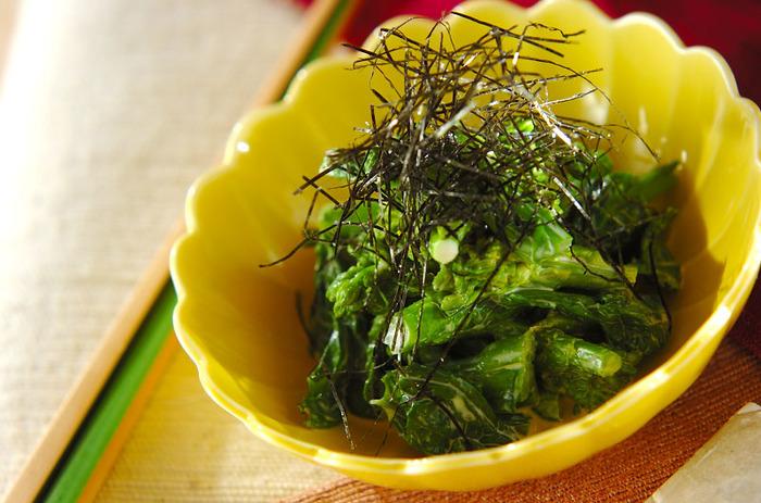 日本酒と合うおつまみです。1口食べると、ダシ汁を混ぜたからしマヨネーズが鼻に抜ける感じがクセになります。