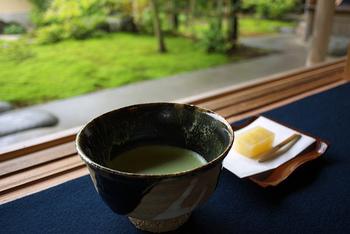 お抹茶と和菓子をいただきながら、日本人で良かったと心から思える時間を過ごすことができるでしょう。