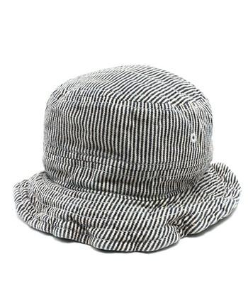ヒッコリーの帽子、ナチュラルでかわいいですよね。