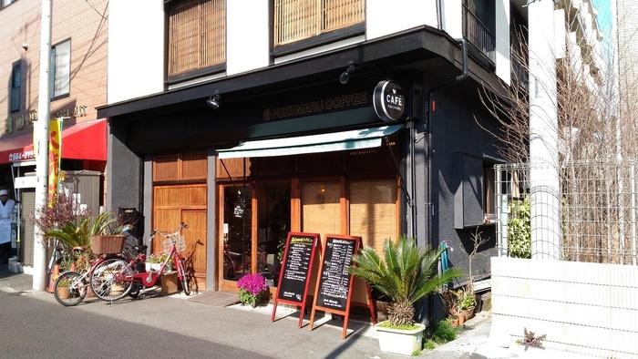 盆栽村入り口付近にある、古民家カフェ。